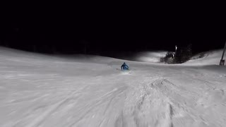 Extrem Opinion98 in piste at night - 1 vor