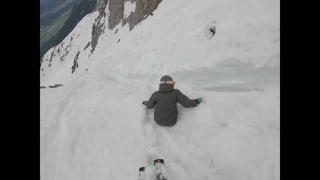 People Get Caught in Slush Avalanche Skiing Down Mountain in Austria - 2mån sedan